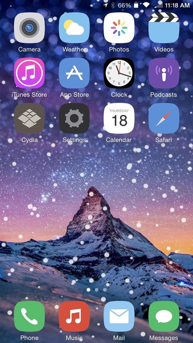 Theme Your iPhone's Home Screen with Falling Snow for the Winter