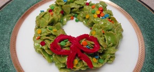 Make No-Bake Marshmallow & Cereal Christmas Wreath Treats