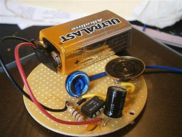 How to build your own mini altoids guitar amp for about 5 mad step 2solder publicscrutiny Image collections