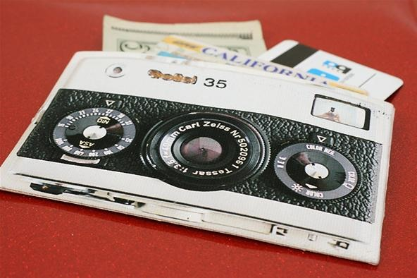 Print Your Own Photorealistic Gadget Pouches