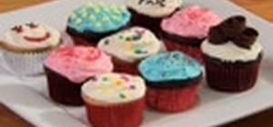 Decorate cupcakes with some helpful tips