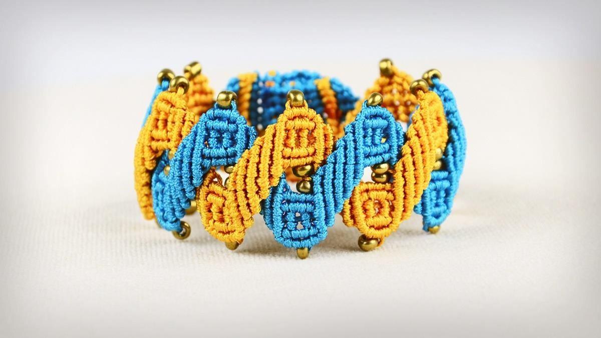 Zig Zag Helix Bracelet Tutorial