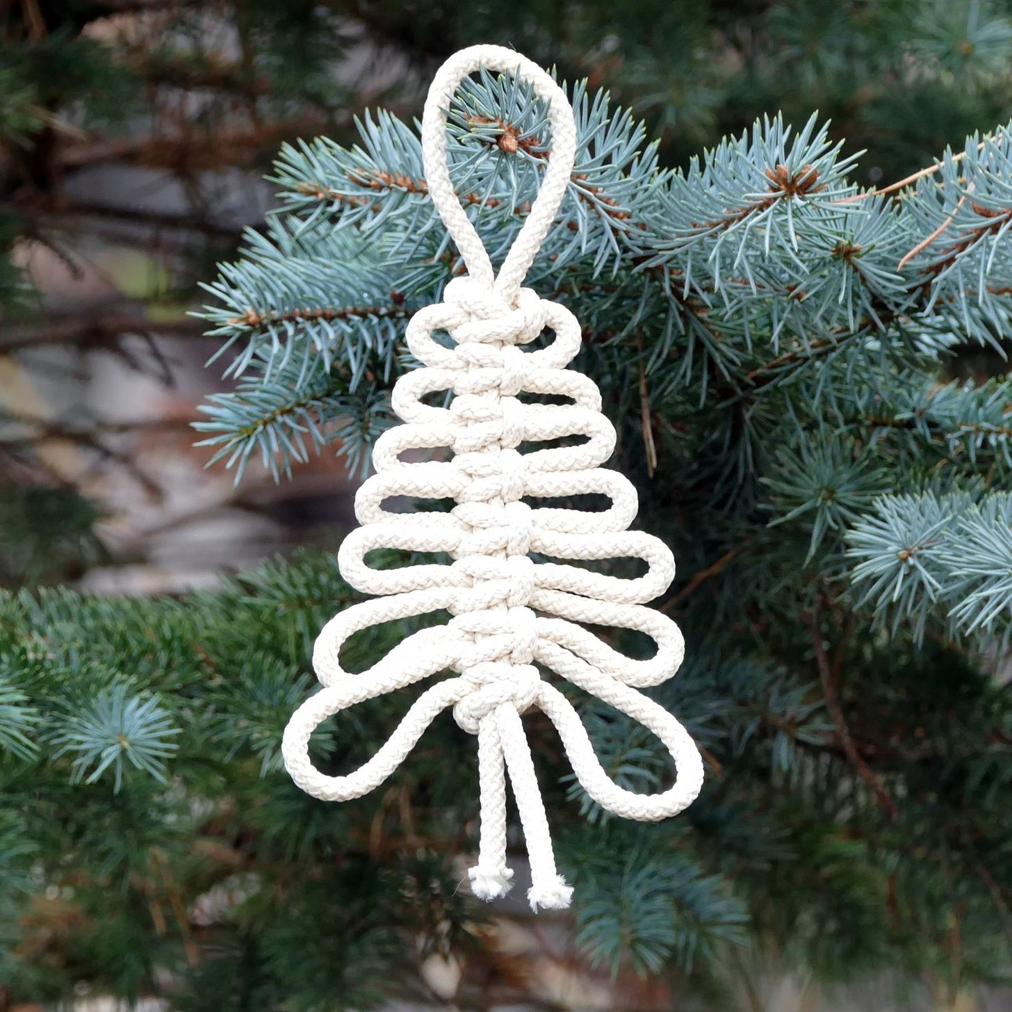 How to DIY Knotted Xmas Tree Easy