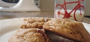 Bake Yummy Chocolate Chip Cookies