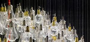 1200 Old Light Bulbs Make One Dazzling Chandelier