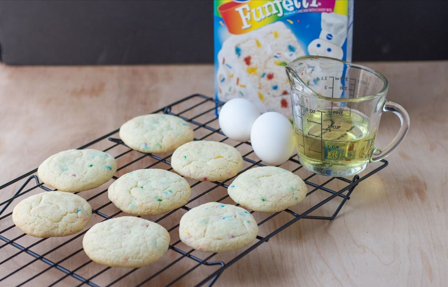 The Secret to Making Deliciously Soft Cookies Is Cake Mix