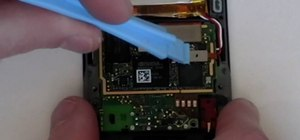 Replace the battery on the Microsoft Zune HD