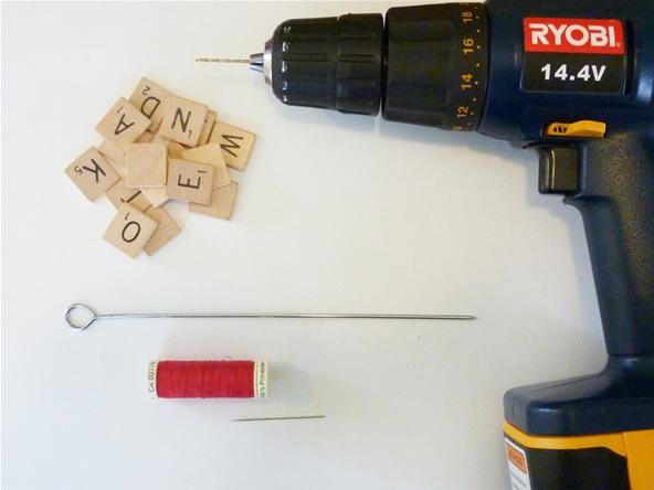 SCRABBLE the Christmas Tree: Joyful DIY Scrabble Tile Ornaments