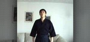 Practice Ritsurei (standing bow) in Kendo