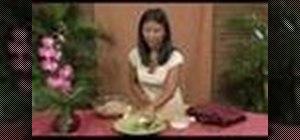 Make Thai spring rolls