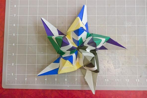 Modular Origami : How to Make a Truncated Icosahedron, Pentakis ...