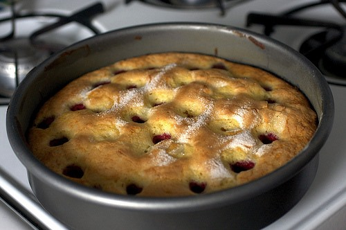 RECIPE: Rasberry Buttermilk Cake Is Yum for Summer