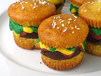 RECIPE: Cupcake Burgers