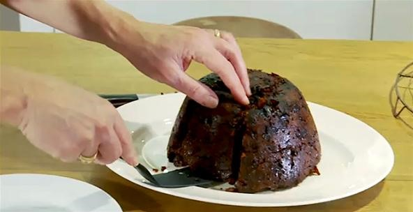 How to Replicate the Famous Hidden Orange Christmas Pudding by
