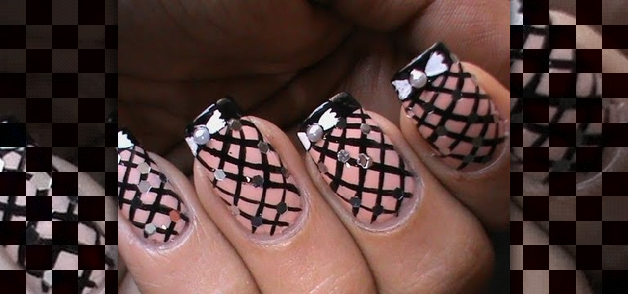 Do Fishnet Nails with Bow ?!