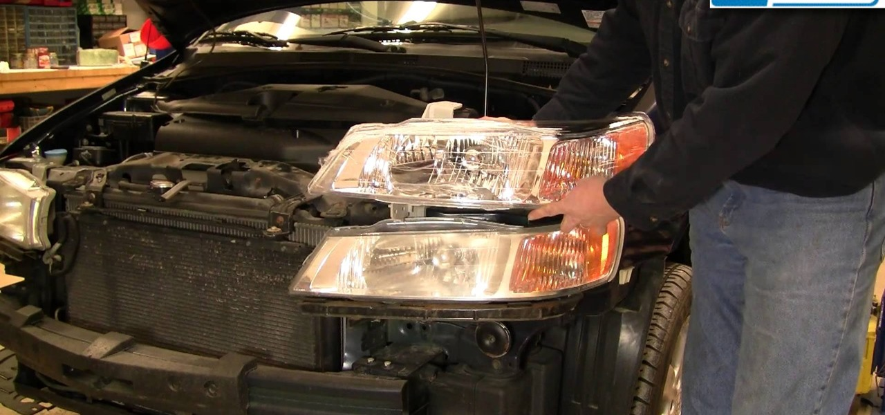 Install a Headlight and Bulb on a Honda Odyssey 99-03
