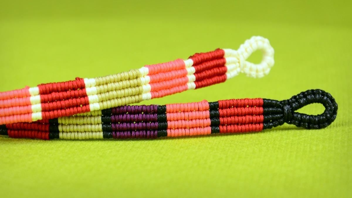How to Make Colored Stripe Bracelet