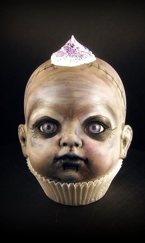 1creepy cupcake kids - Halloween Scary Desserts