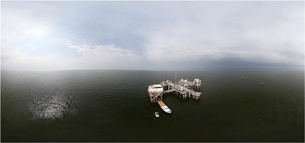 Helicopter Drone Captures 360° View of Gulf Oil Spill