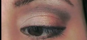 Do corrective makeup for hooded eyes