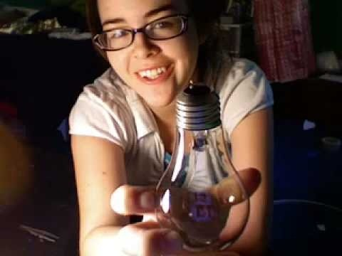 Make a light bulb vase