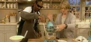 Make mashed potatoes with Snoop Dogg & Martha Stewart