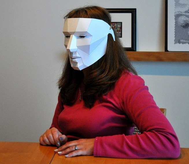 How to make an easy last minute polygon mask for halloween