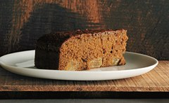 RECIPE: Gingerbread Pear Cake