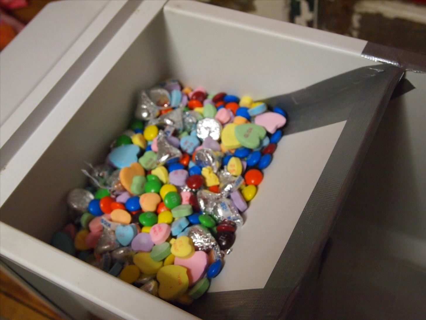 How to Turn Your Freezer's Ice Maker into a Candy Dispenser