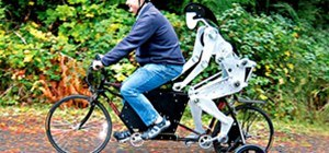 Bicycle-Riding Robot Puts Pedals to the Metal