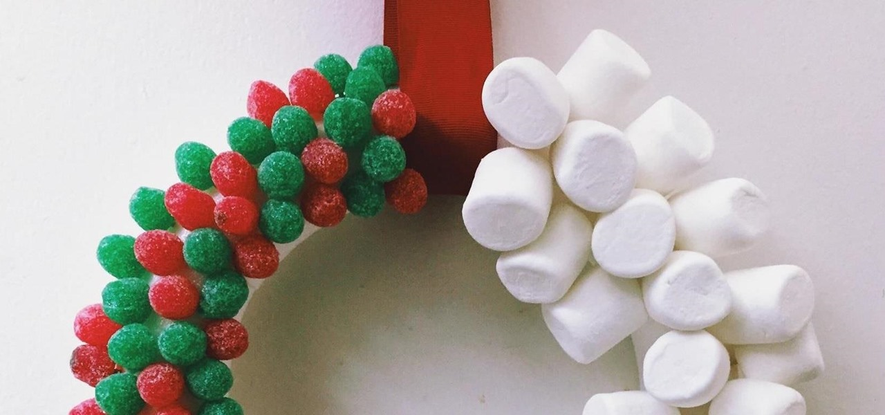 9 Edible Wreaths to Deck Out Your Holiday