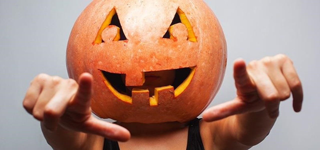 9 Insanely Lazy Last-Minute Halloween Costume Ideas Using Only What You've Got
