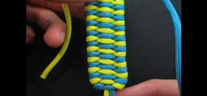 Make a triobite bar using two different colors of nylon thread