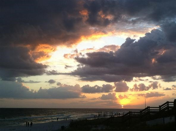 Cloud Photography Challenge: Sunset in Paradise