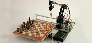Play Robot Chess Via Twitter
