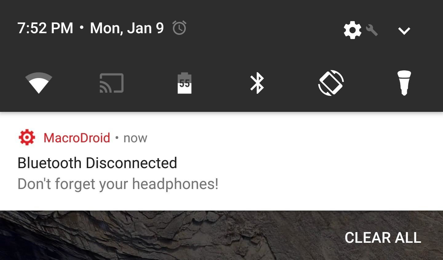 Make Sure You Never Lose Your Bluetooth Headphones Again