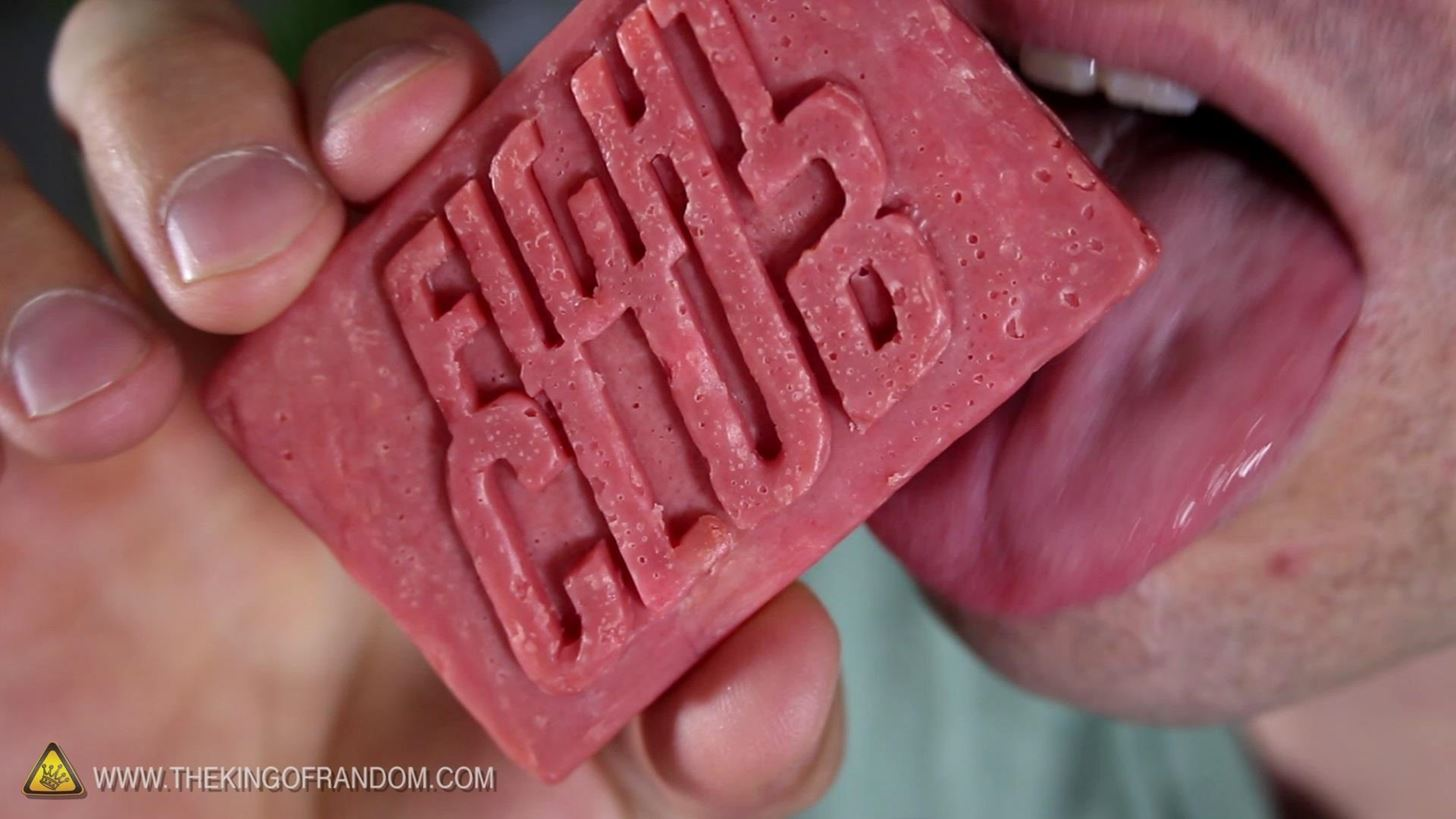 "How to Make ""Fight Club"" Soap Out of Bacon & Drain Cleaner"