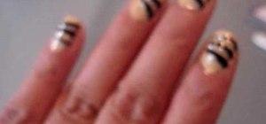 Create tiger stripe nail art