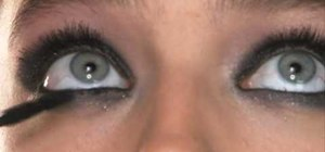 Create a pearly, glamorous smoky eye with Maybelline