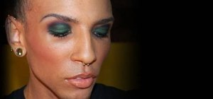 Create a unique green smokey eye look with Petrilude