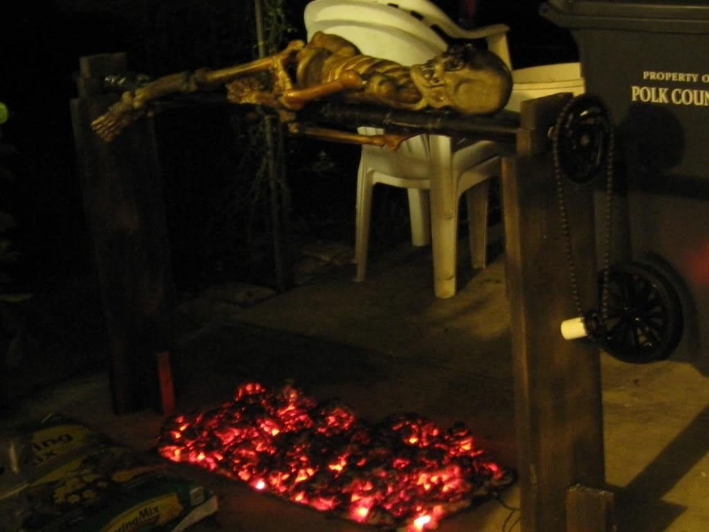 How to Create a Cheap and Easy Burning Coals Prop for Halloween