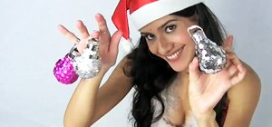 Turn lightbulbs into Christmas ornaments with Gianny L
