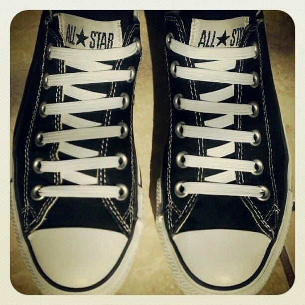 different shoelace styles for converse