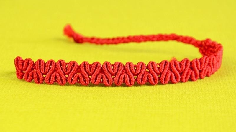 DIY Heart Patterned Macrame Bracelet