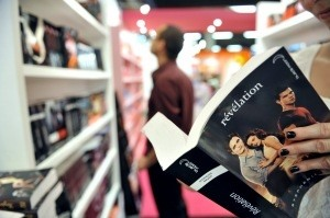 N.M. Mom Jailed For Overdue 'Twilight' Book, DVDs  « CBS Las Vegas
