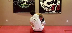 Do the jiu jitsu guillotin counter defense move