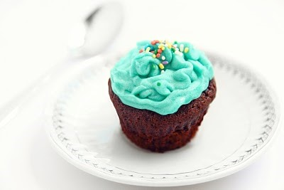 RECIPE: Devil's Food Chocolate Cupcakes With Mint