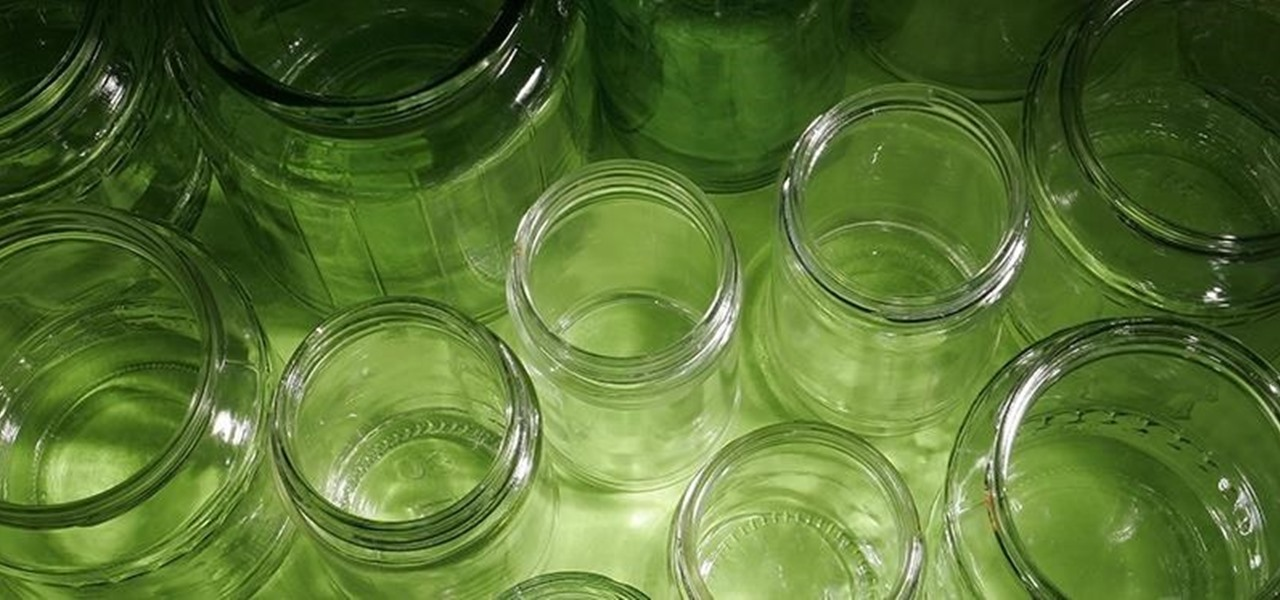 De-Stink Old Smelly Jars with Two Simple Ingredients