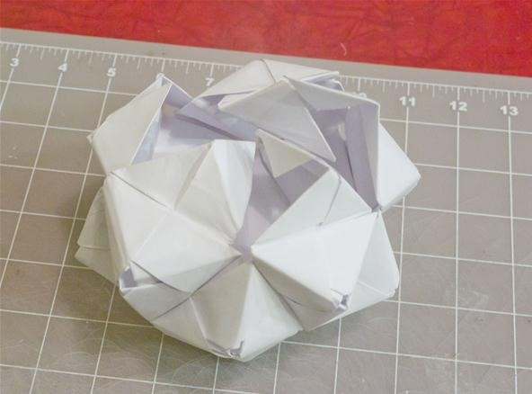 30 Unit PHiZZ Ball modular Origami 3 Steps with Pictures