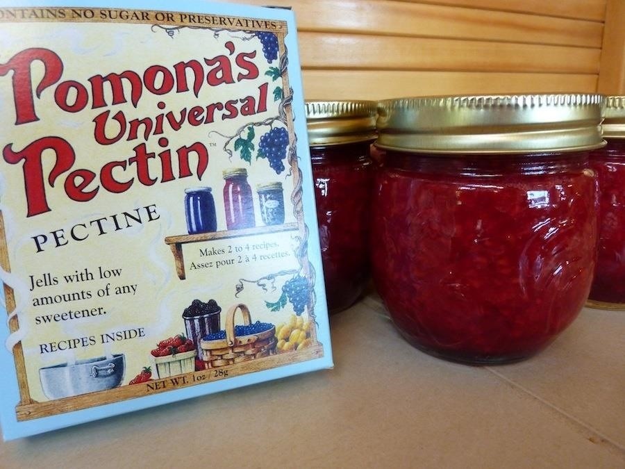 10 Jammin' Tricks to Making the Best Fruit Preserves Ever